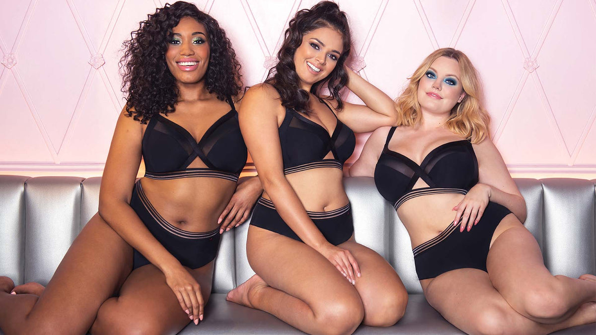 Unwind this weekend in Curvy Kates First Ever Soft Cup Bra to a JJ cup!