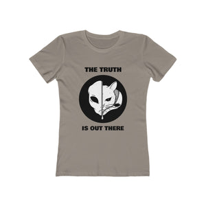 The Truth Is Out There Cat | Super Soft Women's Tee