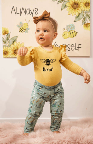 Buzzing Bees short/pant set: 2yrs-7yrs