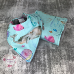 Oceania - bib and burp cloth set