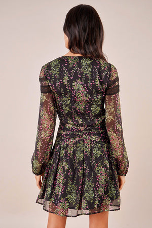 trendy fall floral dress