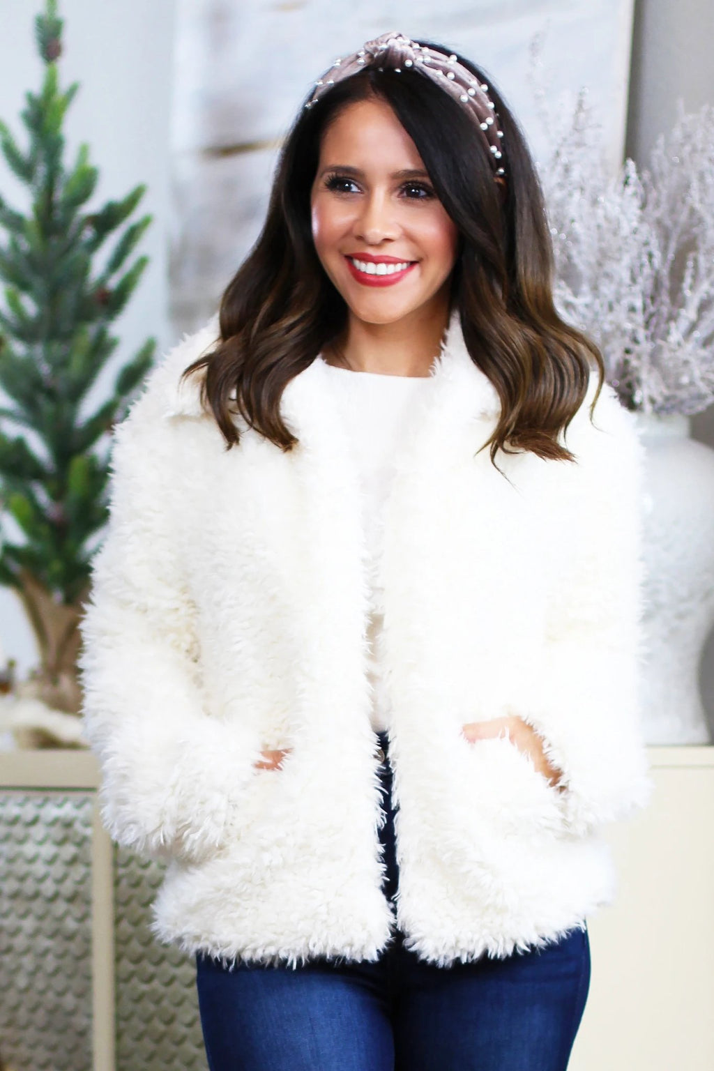 faux fur jacket holiday style nye outfit