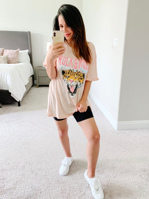 pink graphic tshirt