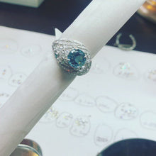Load and play video in Gallery viewer, Vintage Style Amazing Aquamarine and Diamond Fancy Ring