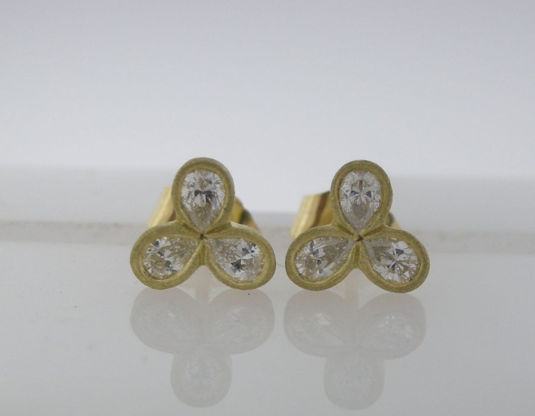 Diamond Clover Earrings in Brushed 18k Yellow Gold
