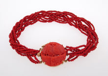 Load image into Gallery viewer, Vintage Coral Twisted Bead Bracelet