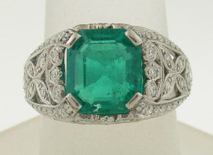 Colombian Emerald and Diamond Fancy Ring