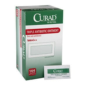 CURAD Triple Antibiotic Ointment, 0.9 g Packet