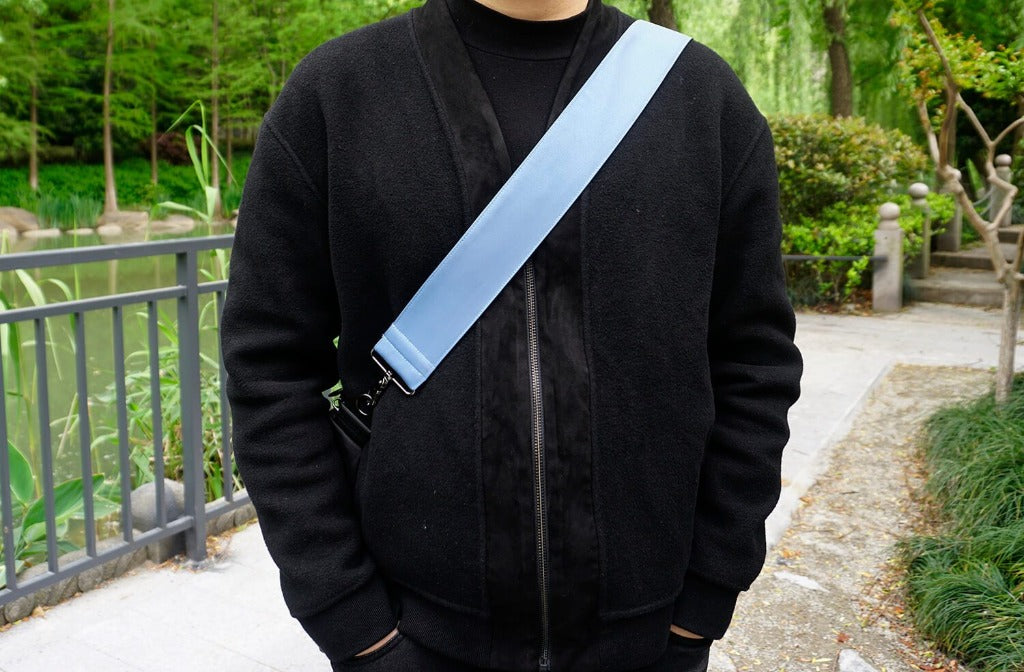 Replacement shoulder bag strap with Reflective material-demonstration-1