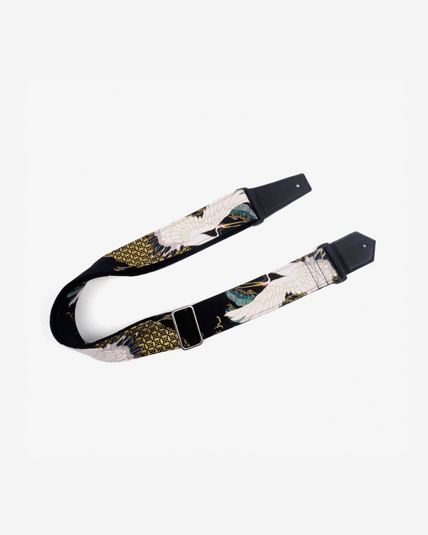 fly crane guitar strap on black with leather ends-1