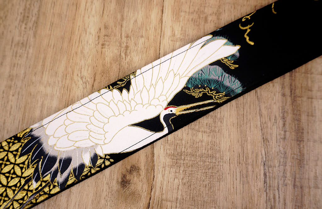 fly crane guitar strap on black with leather ends-5