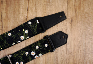 White Daisy guitar strap with leather ends-3