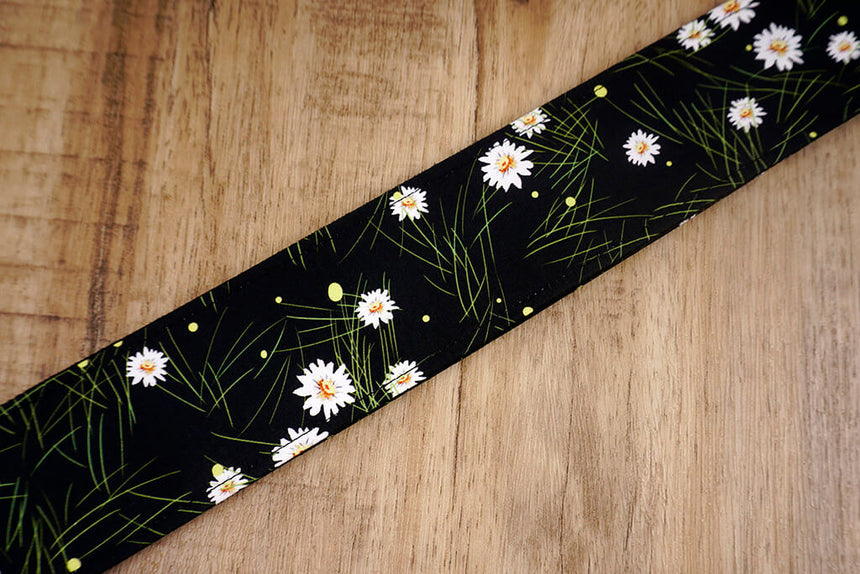 White Daisy floral guitar strap with leather ends-5