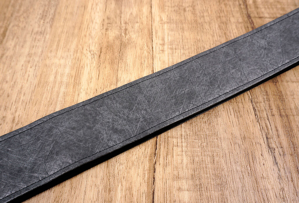 metallic grey eco guitar strap with leather ends-4