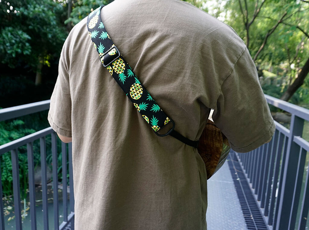 pineapple clip on ukulele hook strap-5