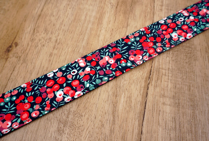 red berry ukulele shoulder strap with leather ends-7
