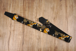 tiger guitar strap with leather ends-2