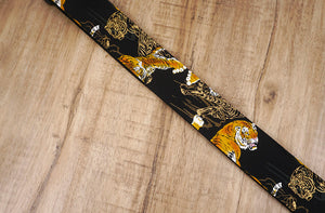 tiger guitar strap with leather ends-4