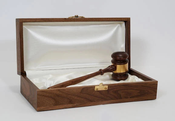 "Leader Presentation Set - 11"" Judges American Walnut Gavel"