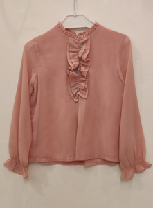 Long-sleeved pink blouse