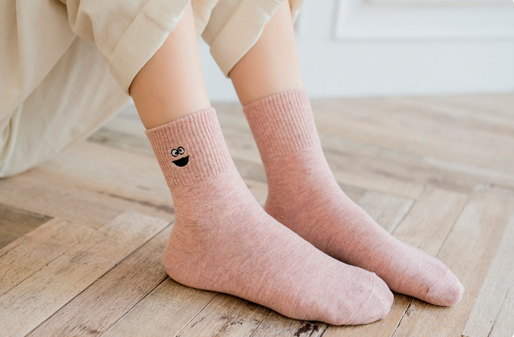 Hot Sale - Embroidery Cartoon Female Tube Socks(40% OFF)