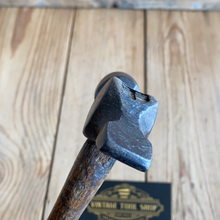Load image into Gallery viewer, Vintage WARRINGTON Cross Peen cast steel HAMMER T5523