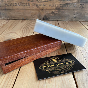 Vintage NORTON HARD TRANSLUCENT Arkansas natural sharpening stoneVintage NORTON HARD TRANSLUCENT Arkansas natural sharpening stone