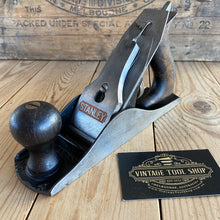 Load image into Gallery viewer, Vintage STANLEY Sweetheart NO.4 USA smoothing PLANE Rosewood handles