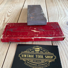 Load image into Gallery viewer, Vintage VELVET EDGE USA barber razor HONE stone IOB A72