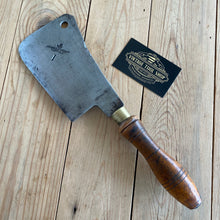 Load image into Gallery viewer, Vintage HAYWOOD English CLEAVER T3535
