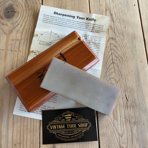 Vintage DANS HARD Transluscent ARKANSAS natural sharpening stone wooden box barber hone knife sharpening hand tool