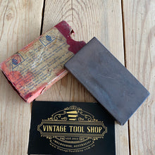 Load image into Gallery viewer, Antique Smith Wireless Barber Hone sharpening stone A39