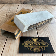 Load image into Gallery viewer, Vintage Norton WASHITA natural sharpening STONE IOB A75