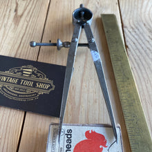 Load image into Gallery viewer, Vintage Moore & Wright England CALIPERS DIVIDERS T6810