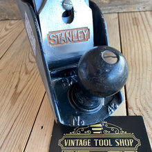 Load image into Gallery viewer, Vintage STANLEY England No.4 1/2 plane T5623