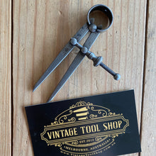 Load image into Gallery viewer, Vintage mini Moore & Wright England CALIPERS DIVIDERS T7418