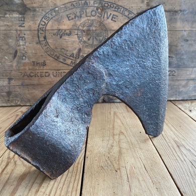 Antique French CARPENTERS side AXE Y270