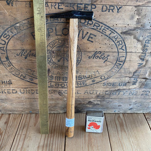 Vintage tiny JAPANESE JOINERS HAMMER T5457