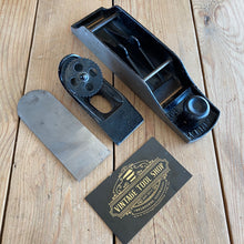 Load image into Gallery viewer, Vintage STANLEY No.130 double ended BLOCK PLANE T7648