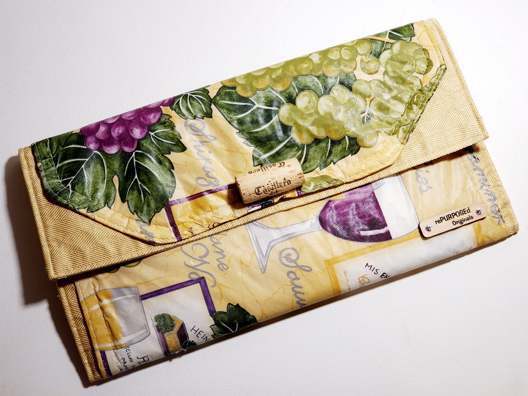 rePURPOSEd Originals Wine 30 Clutch