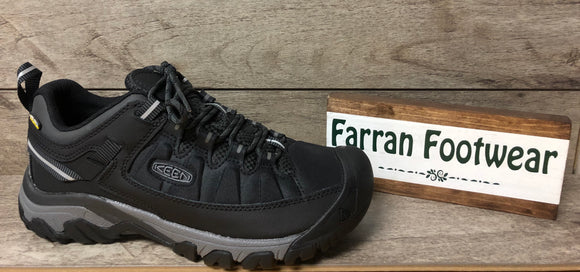 Trail walking shoes for men