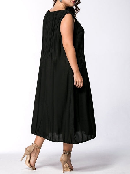 CHICZZ Round Neck Patch Pocket Solid Plus Size Maxi Dress