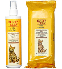 wipes and spray for reducing dryness on cat's skin