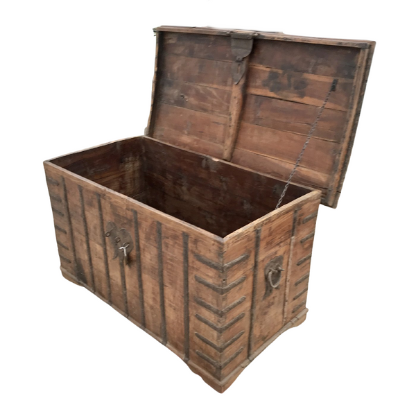 Vintage Indian Merchants Chest (W139cm | H77cm)