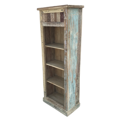 Reclaimed wood shelving | bookcase