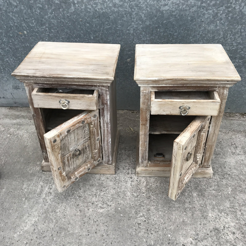 RECLAIMED WOOD BEDSIDE TABLE | WHITEWASHED (H66CM | W46CM)