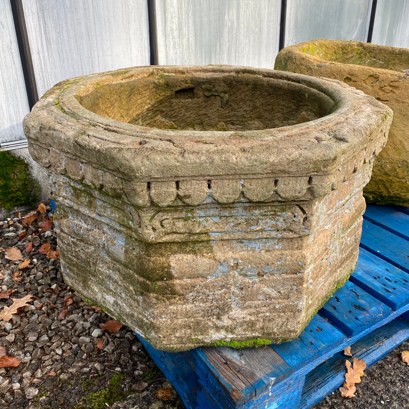 RECLAIMED INDIAN CARVED STONE WELL TOP PLANTER (Ø62CM)
