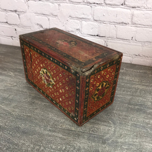 Vintage hand painted Indian wood box  (W38.5cm | H23cm)
