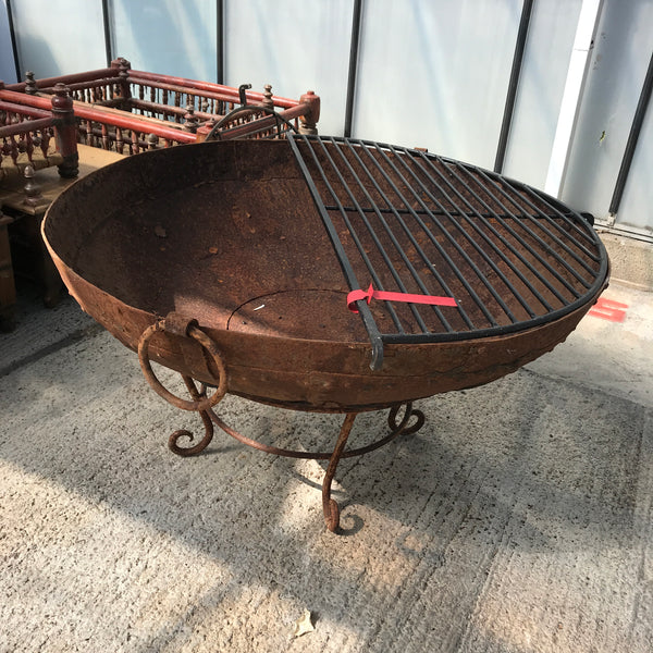 Original Vintage Kadai Fire Bowl with Custom Stand & Grill | ø99.5cm