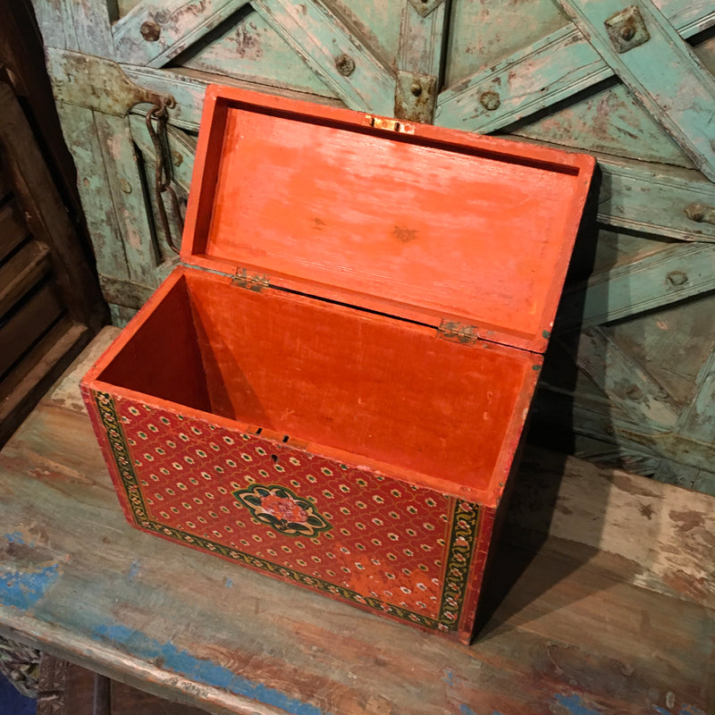 Vintage hand painted Indian box | Red (W39cm | H28cm)